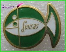 Pin's Peche SENSAS Poisson fish vert  #2088