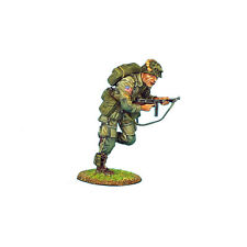 NOR009 US 101st Airborne Corporal Running with Thompson SMG by First Legion