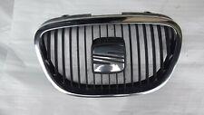 Seat Altea XL 2005-2009 Leon Toledo Front bumper upper radiator grill emblem