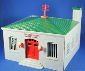 Plasticville - O-O27 - #PD-3 Police Department - COMPLETE - Good Condition
