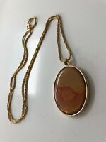 TRUE VINTAGE GOLD PLATED 1960S PENDANT NECKLACE AND CHAIN AMBER COLOURED STONE