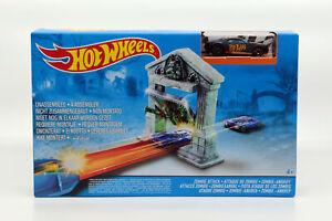 Mattel Hot Wheels Akrobatischer Zombie Angriff Track Set Sammlerstück Rennbahn