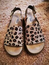 63e6fa31270453 Ladies Clarks flat animal print sandals size 5 - used