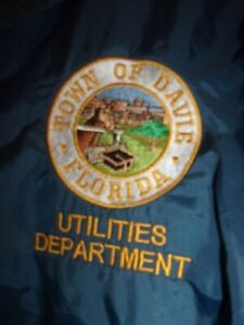 City of DAVIE FL UTILITIES DEPARTMENT lightweight Jacket L
