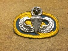 Vietnam Era G23 Master Parachute Jump wings with Special Forces Oval
