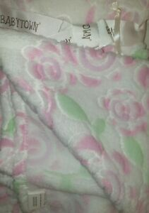 Soft touch pink /white rose pattern design baby crib pram blanket cosy and soft