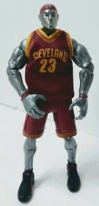 "NBA Heroes Series 1 Action Figure, 6"" LeBron James (Cleveland Cavaliers) #23 NIB"