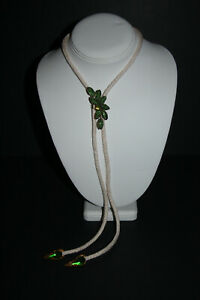 Bolo Tie ~ Green Flower Ornamental Clasp With White Rope Gold & Green Tips