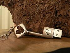 Chiavetta USB 8GB Chiave Cuore Amore Giorno di san valentino Antico Design