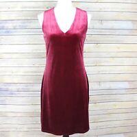 White House Black Market Sleeveless Velvet Shift Dress Red V Neck WHBM Size 2