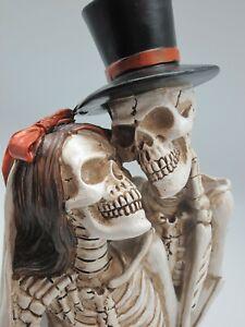 Brautpaar Skelett Skulptur Hochzeit Paar Trauung Totenkopf  28 cm hoch NEU