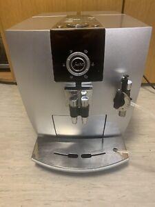 Jura Impressa J5 Kaffeevolautomat (frisch Gewartet)