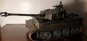 21st century toys  Ultimate Soldiers  1:18 German Tiger Tank