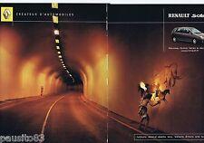 PUBLICITE ADVERTISING 115 2001 Renault Scénic vous avez bien vu   (2 pages)