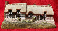 Anne Hathaway Cottage by Lilliput Lane 1984 Hand Made And Painted