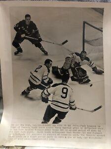 1964 Toronto Maple Leafs vs Rangers Associated Press PHOTO  Vtg Hockey NHL