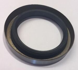 HUMBER SUPER SNIPE 1958 TO 1967 NEW REAR HUB OIL SEAL (EE261)