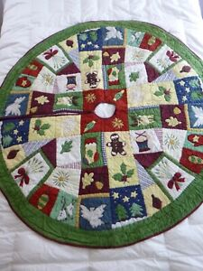 Large Pottery Barn Quilted Christmas Tree Skirt 52""