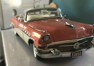 Vintage Danbury MINT 1956 Buick Roadmaster Convertible  Coral/White 1 24 Diecast