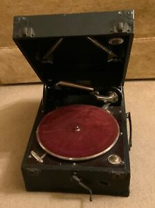 lovely Vintage Columbia Gramophone Model 112A