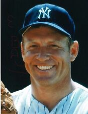 BEAUTIFUL CANVAS 8X10 PHOTO MICKEY MANTLE W/ ROOKIE REPRINTS PLUS GREAT LOT LOOK