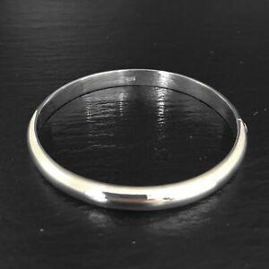 'Bare' Round Locking Bangle (Concave Edge) - Sterling Silver Bangle