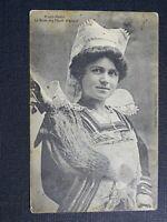 TARJETA POSTAL- PONT-AVEN La reina de Flores de Tojo