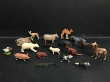 BRITAINS VINTAGE LOT OF 18 ANIMALS FROM 1960's