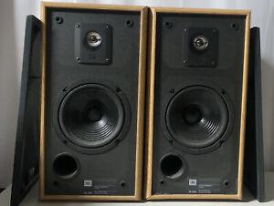 Pair of JBL 2600 Speakers Vintage Stereo Bookshelf  8 Ohm Tested