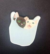 Cheeky negro gato bebiendo Peces Tanque Funky peculiar Kitsch Steampunk Broche De Acrílico