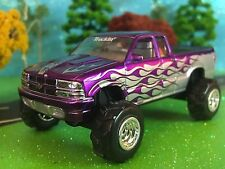 1/64 Custom Lifted Chevy, G-5 Lift Kit, Soft Rubber Pulling Tires, Chrome Rims
