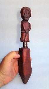 art populaire - poupée marotte en bois sculpté