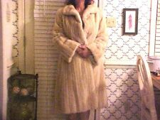 GORGEOUS Luxurious Blonde Full Length Lined Mink Coat Fur