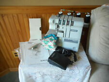 NEW OLD STOCK Singer Professional Overlock With Differential Feed PRO4D With Box