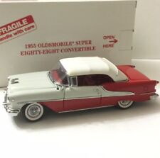 Danbury Mint 1955 Oldsmobile Super 88 Convertible w/Box/Packaging 1:24 Red/White