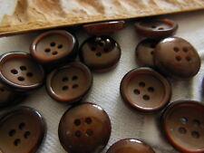 lot 22 petits Boutons vintage marron  4 trous diamètre 1,3 cm ref 1053