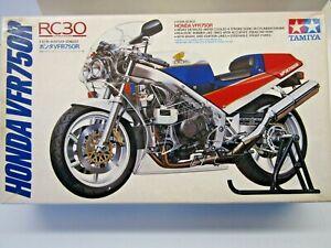 """Tamiya 1:12 Scale Honda VFR750R """"RC30"""" V Four Model Kit - # 14057*1500"""