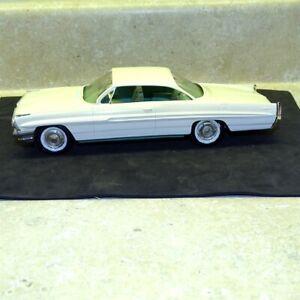 Vintage 1961 Pontiac Bonneville 2 Door Hard Top, Dealer Promo Car