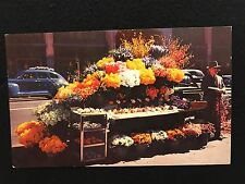 San Francisco CA Flower Stand  postcard unposted C179