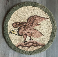 """VINTAGE HAND HOOKED EAGLE CHAIR PAD NOSWT 15"""" Round Made In JAPAN Emson New York"""
