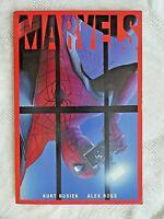 MARVELS Graphic Novel - Kurt Busiek Alex Ross TPB (Pre-Owned)