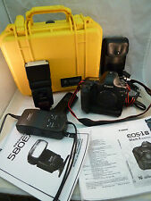 Canon EOS 1D Mark II Camera w/ Battery Charger DC 580X Flash & Pelican Case