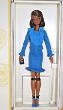 BARBIE CITY CHIC BLUE SUIT SILKSTONE NRFB - new model doll collection Mattel