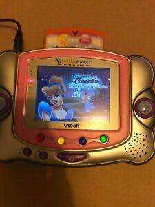 console vsmile pocket vtech avec jeux cendrillon vf + adaptateur secteur + sac