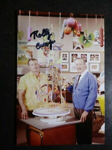 ROLLY CRUMP Hand Signed Autograph 4X6 PHOTO - WALT DISNEY IMAGINEER, ANIMATOR
