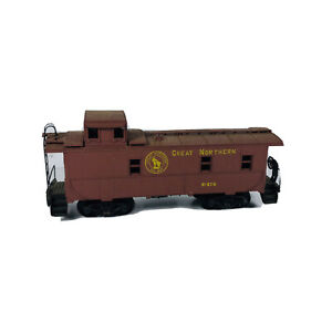 Vintage HO Athearn Great Northern Caboose GN # X-270 Car B