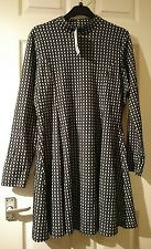 new with tags next black and white square patterne knee length stretchy dress 20