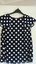 BODEN DOT TOP, FRILLED SLEEVES in NAVY/IVORY. UK 10, EUR 36-38, US 6. NEW. WA704