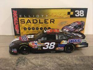 1/24 2006 Elliott Sadler #38 Snickers Action Fusion