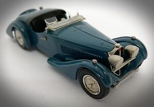 Rare Western Models 1938 Bugatti 57 Corsica Tourer - 1:43 - WMS 39